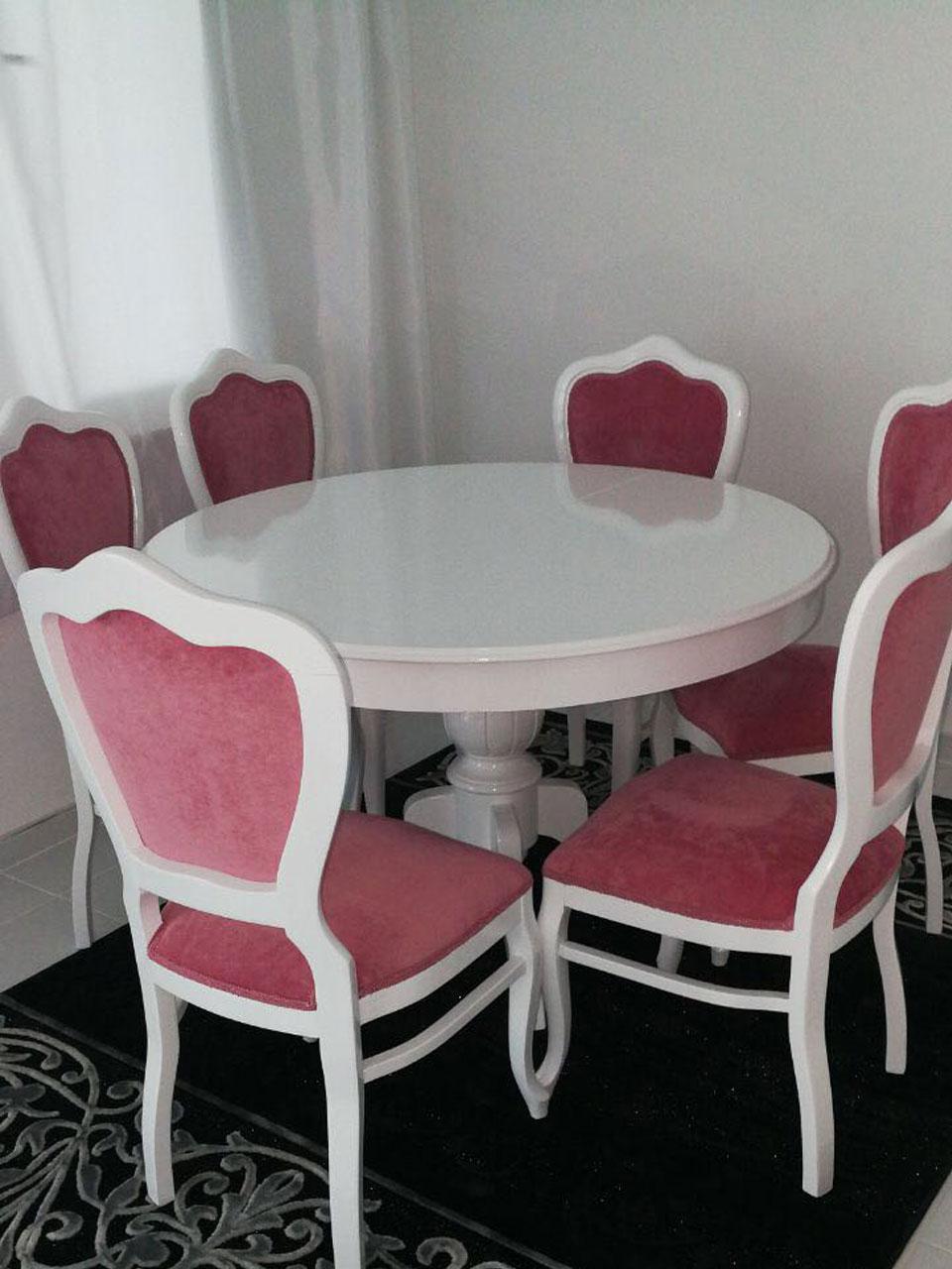 Yuvarlak Masa İnci Sandalye
